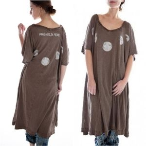 New magnolia pearl moon phase beau tee dress umber